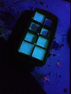 Glow paint