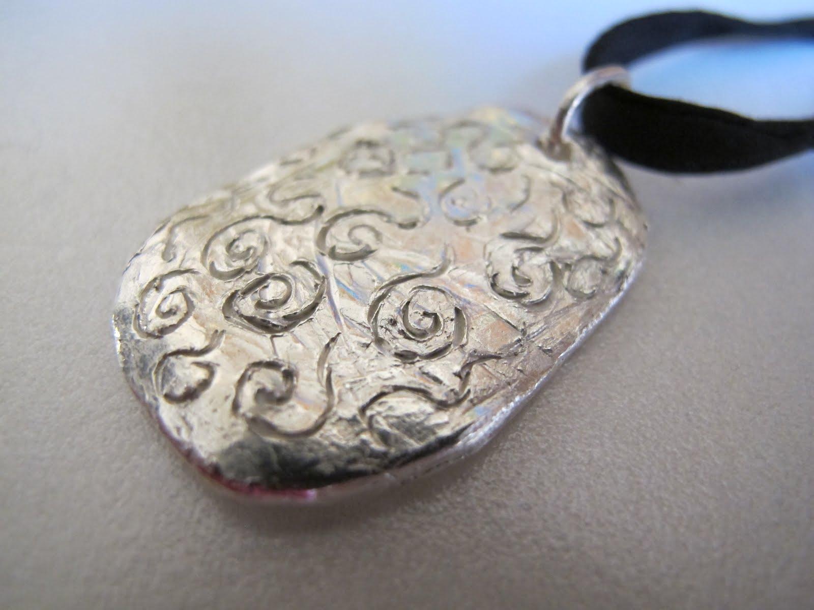 Naomi\'s Designs: Handmade Wire Jewelry: Fine silver pendant ...