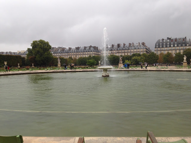 Paris day 3 visiting the eiffel tower and louvre museum with water fountains