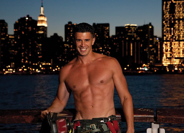 May Calendar New York City : Hunks in pictures new york city firefighters calendar