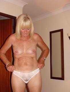 Casual Bottomless Girls - sexygirl-er20-747948.jpg