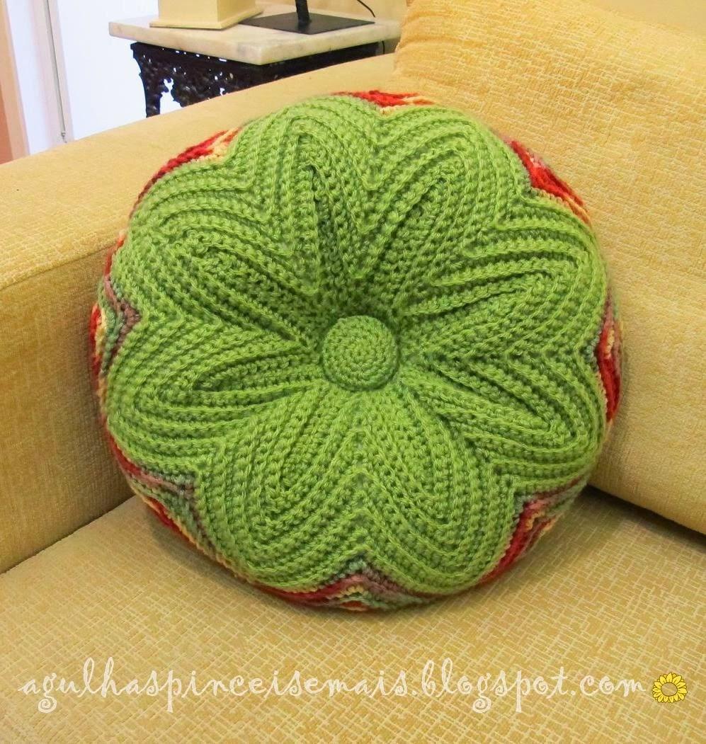 схема вязания круглой подушки спицами