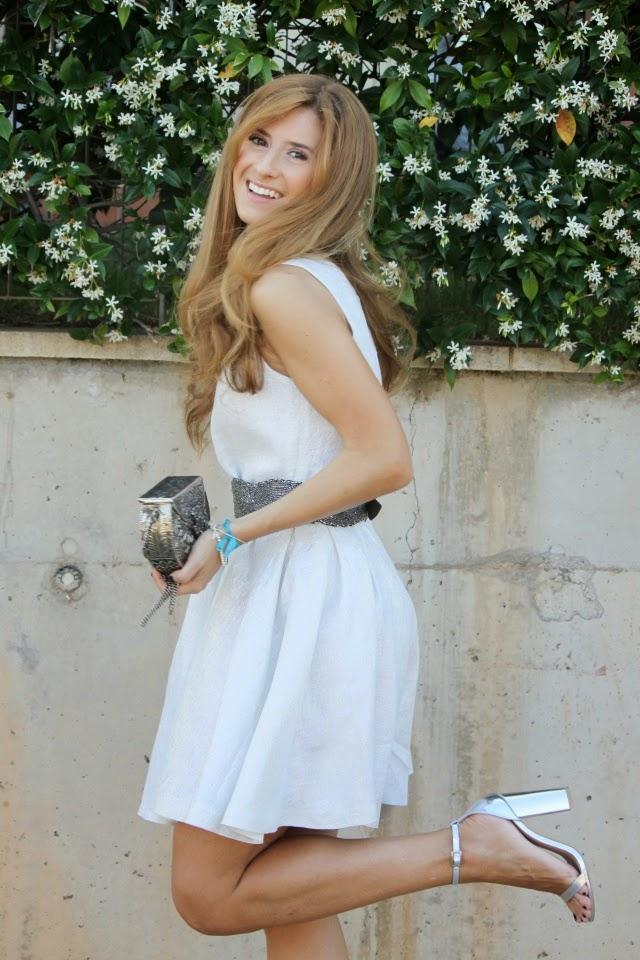 Como combinar un vestido blanco para una boda