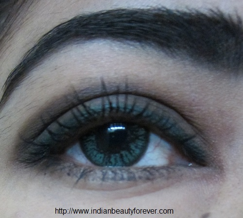 Neutral smokey Eye makeup picture tutorial