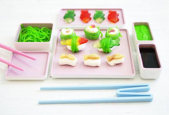 Selbstgemachtes Sushi für Kinder aus Süssigkeiten