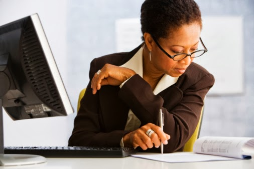 Www Free Essay Writing Com   Evaluation essay writing help self     Example Essay with Dialogue