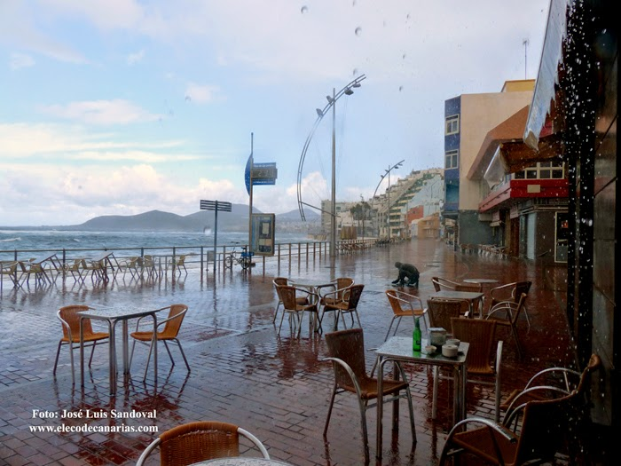 Fotos lluvia y oleaje Las Palmas Gran  Canaria 22 noviembre