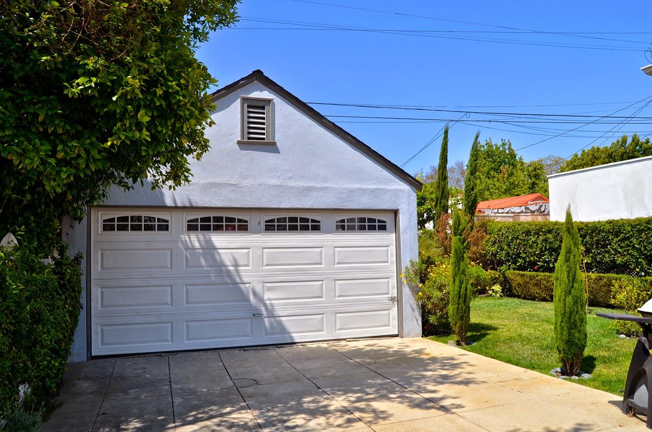 Modern homes los angeles westwood 1926 tudor for sale 2135 the 2 car garage is an open palette begging for a pilates studio or art studio rubansaba
