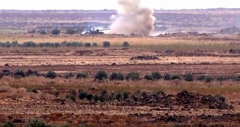 video-mostra-tanque-sendo-atingido-por-outro-tanque-de-guerra
