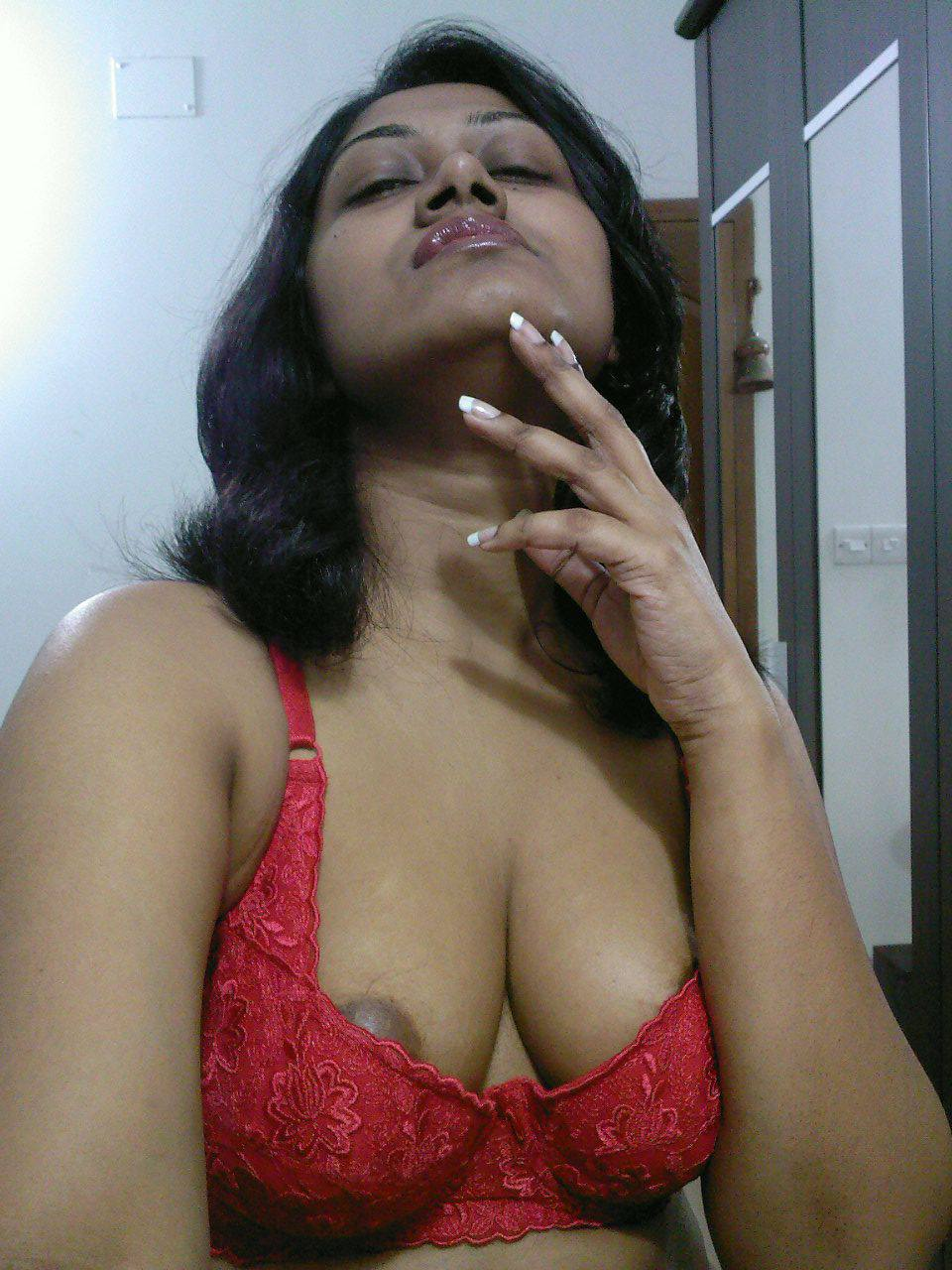 mordendotilcuore: big boobs indian aunty selfshot - desi indian
