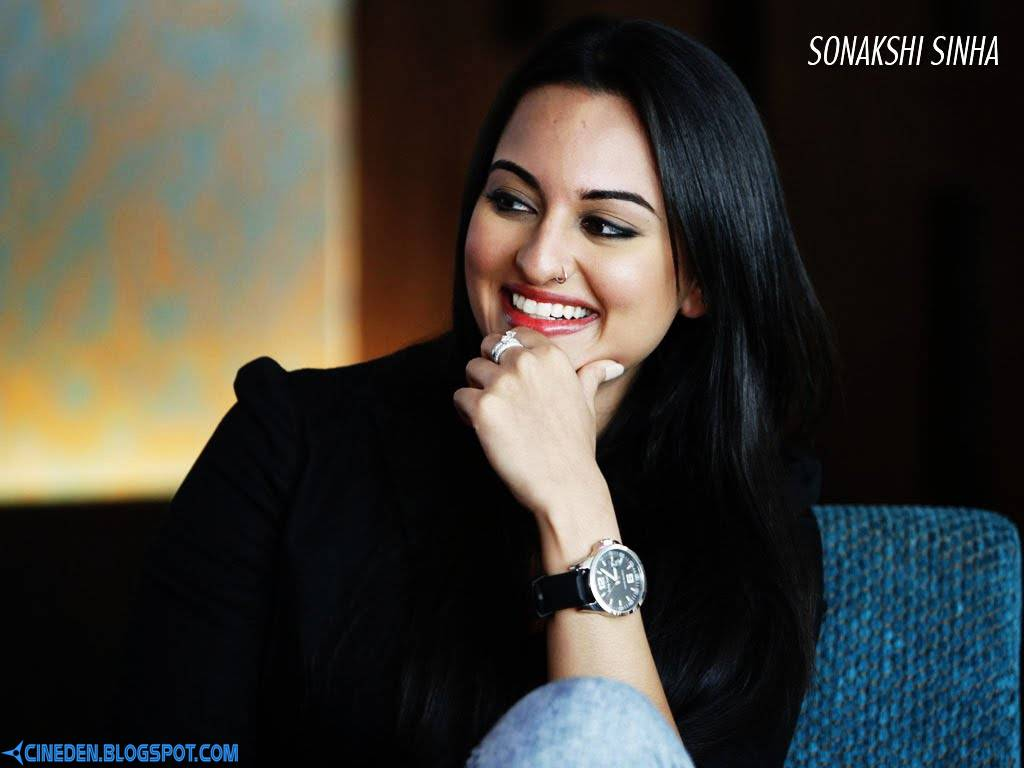 Sonakshi Sinha and Ranveer Singh dying to work together