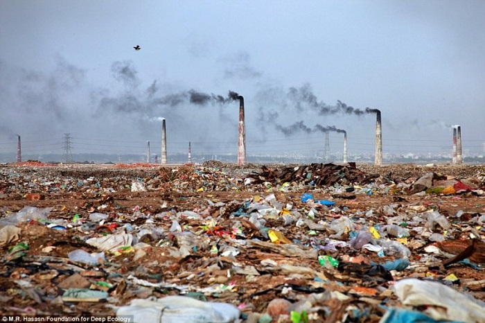 A waste incineration plant and its surroundings in Bangladesh.