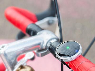 Haize minimalist urban bike navigation system