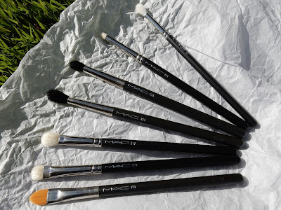 M.A.C eye brushes www.modenmakeup.com