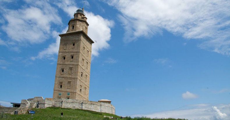 La Torre de Hércules: Un faro del siglo segundo todavía en uso