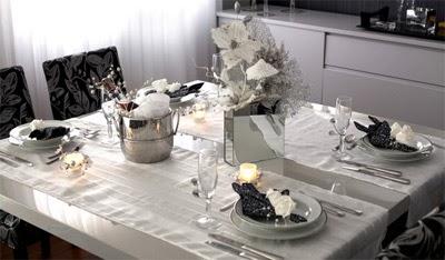 tendência de mesa para ceia de Natal p&b