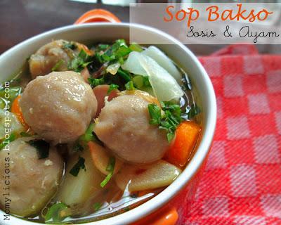 Sop Bakso, Sosis dan Ayam