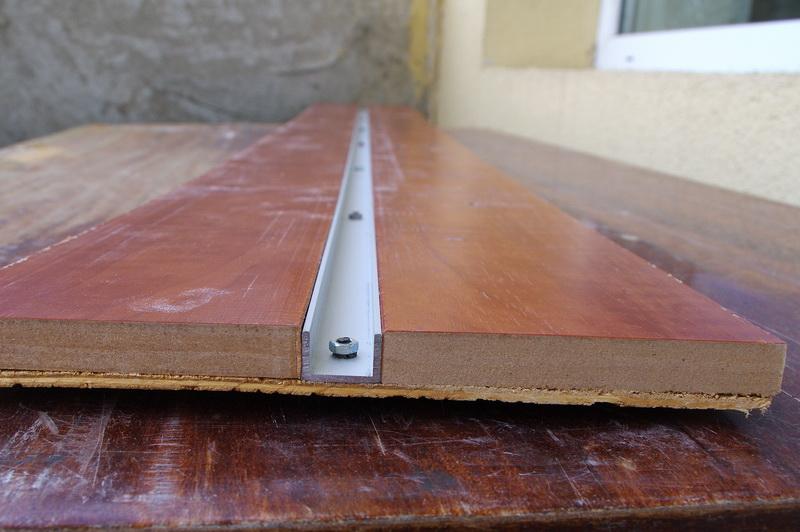 Оформить Направляющая шина для ручной циркулярной пилНовогодние