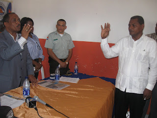 Gobernador Julio César  Díaz juramenta al nuevo Director de la Defensa Civil