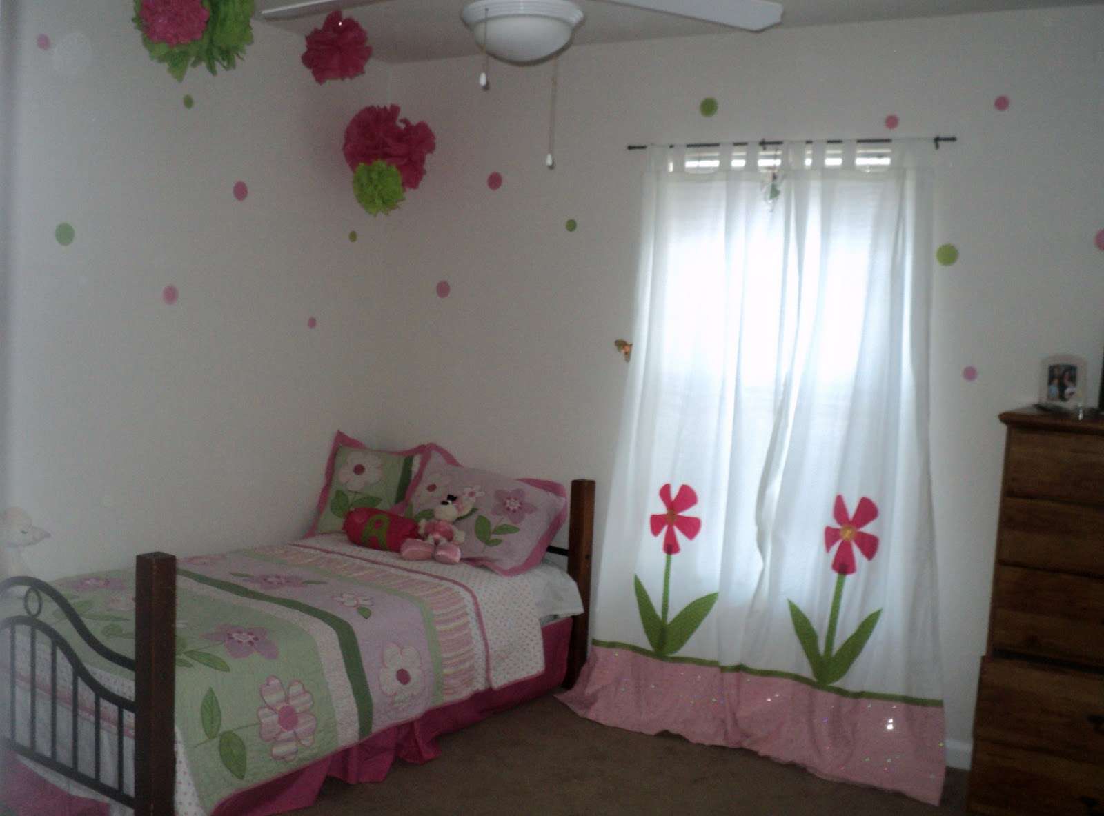 Blessed Beyond Measure: Favorite Girl Room Ideas
