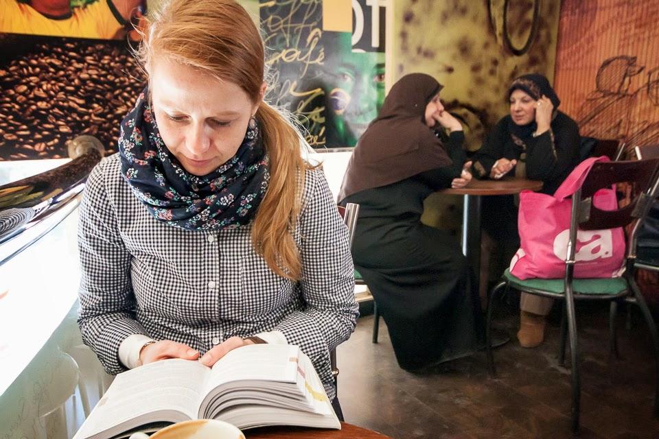 egy alexandriai kávéházban
