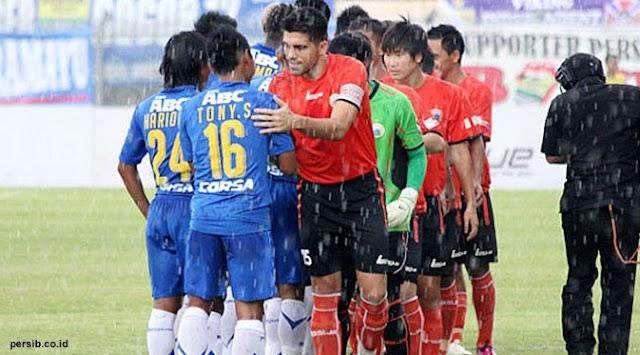 Laga Persija Kontra Persib Digelar di Stadion Maguwoharjo