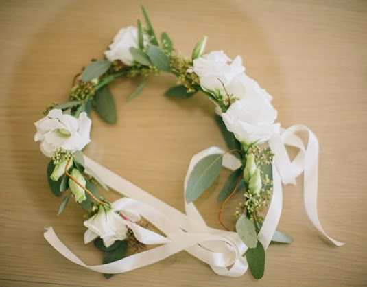flower crown, adjustable flower crown, flower crown ribbon, blomsterkrans band, hårkrans blommor band, bohemisk blomsterkrans bröllop