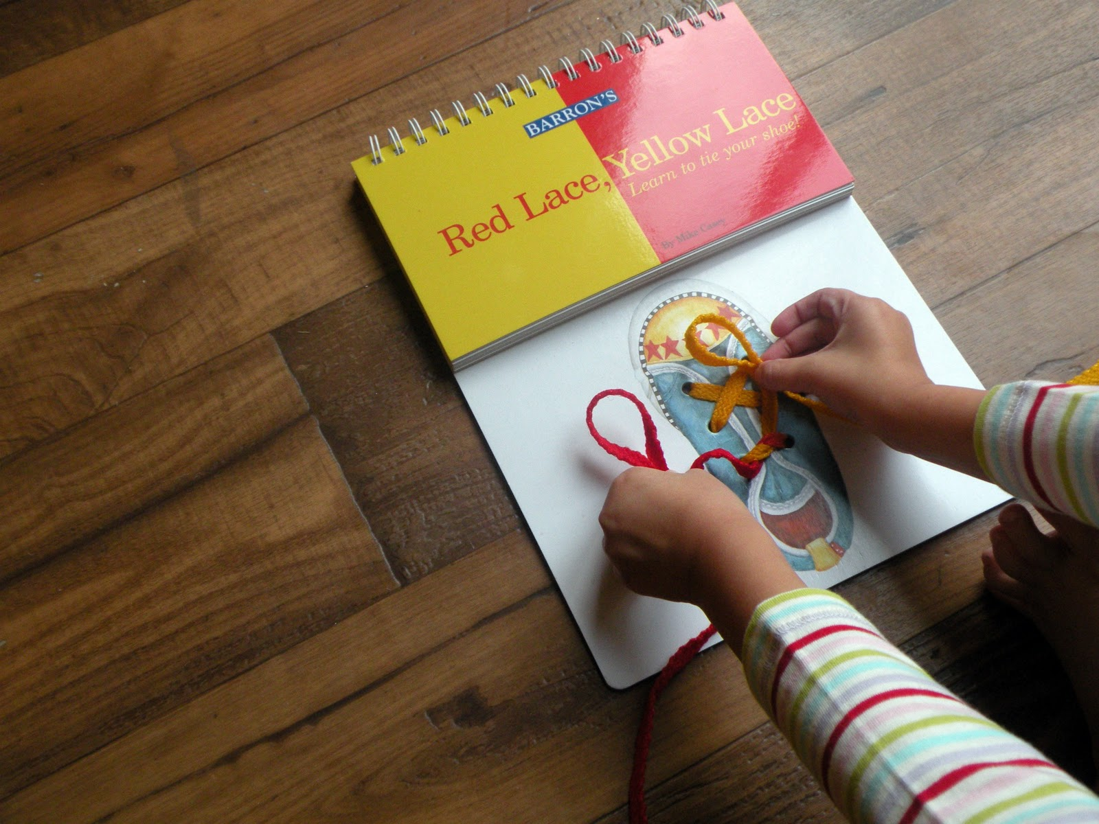 books to learn how to tie shoes