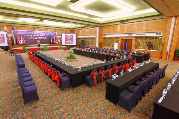 Ruang Meeting Hotel Pangeran Beach Padang