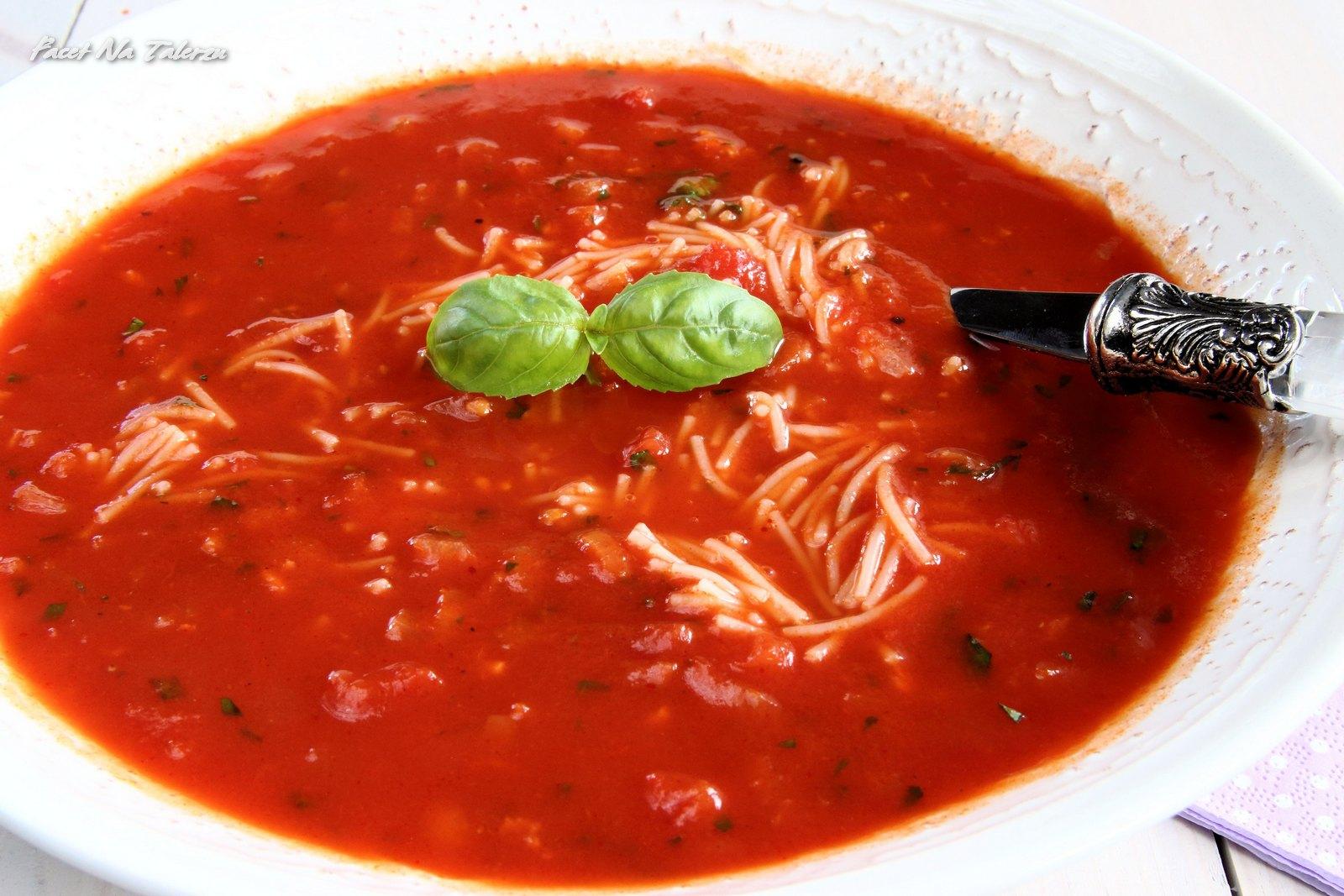 Zupa Pomidorowa Najlepsza Na Swiecie Facet Na Talerzu