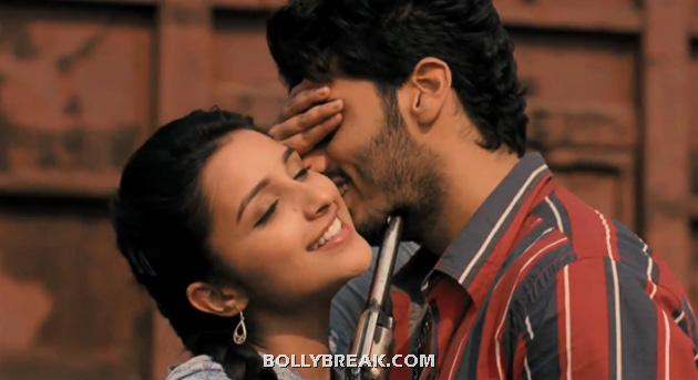 parineeti chopra kiss arjun kapoor - parineeti chopra kisses in Ishaqzaade with Arjun Kapoor