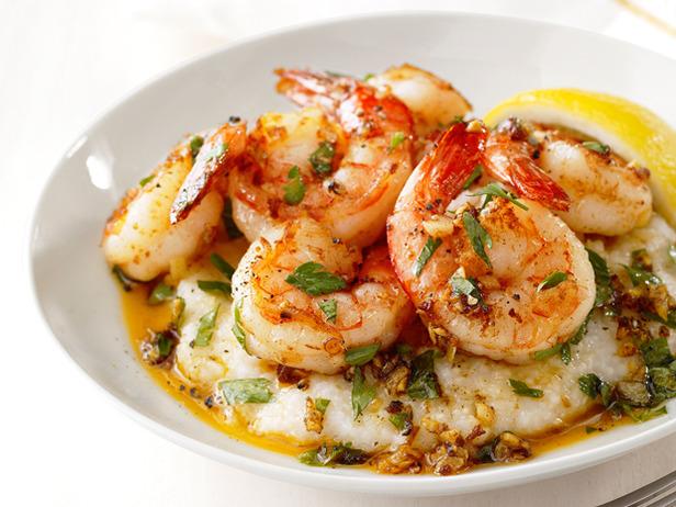 The Supreme Plate: ROTD: Lemon-Garlic Shrimp & Grits