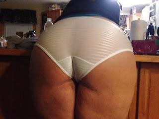 顽皮的女孩 - sexygirl-1-761311.jpg