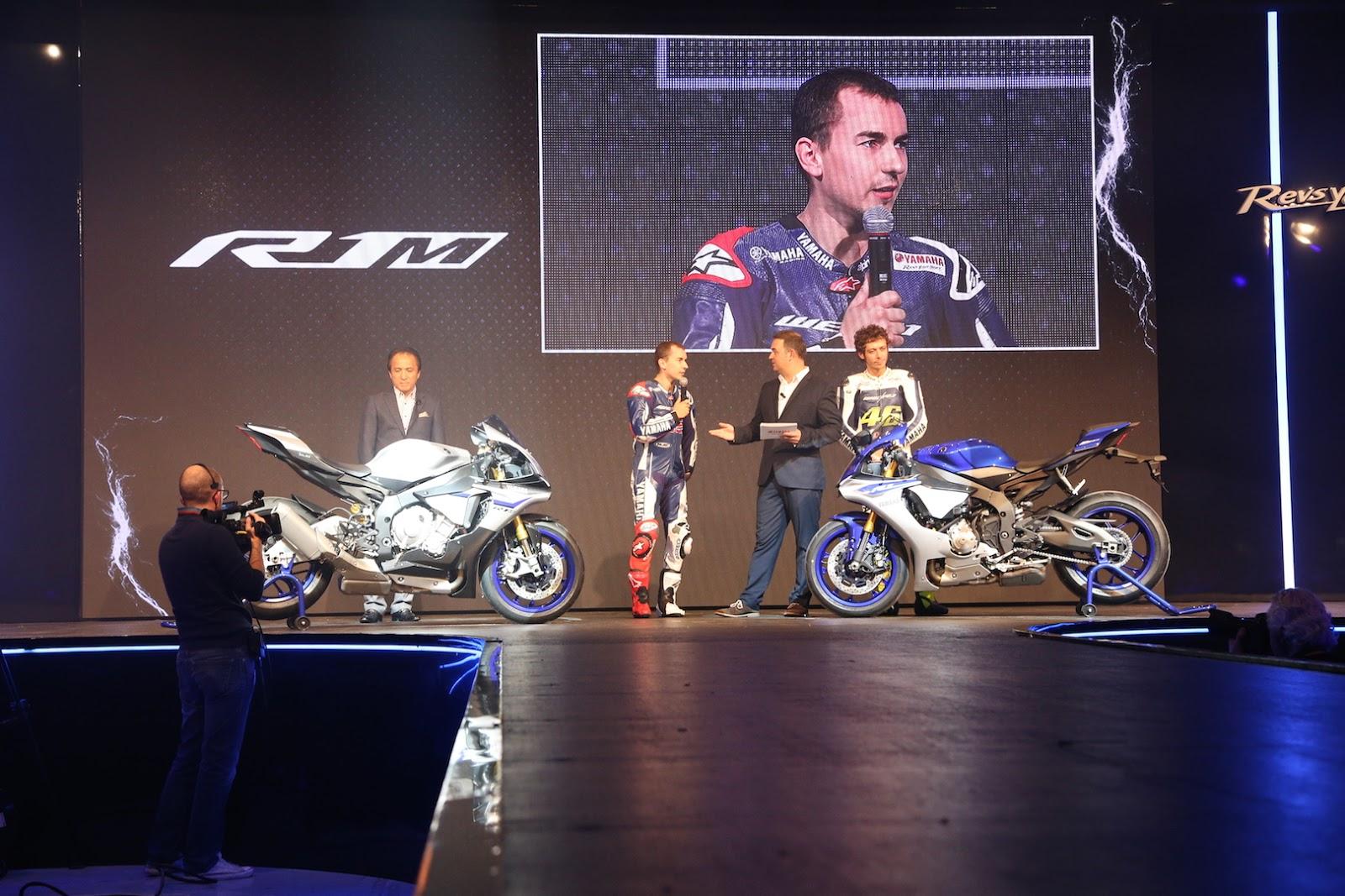 Moto Yamaha YZF R1 2015: Foto Video Scheda Tecnica