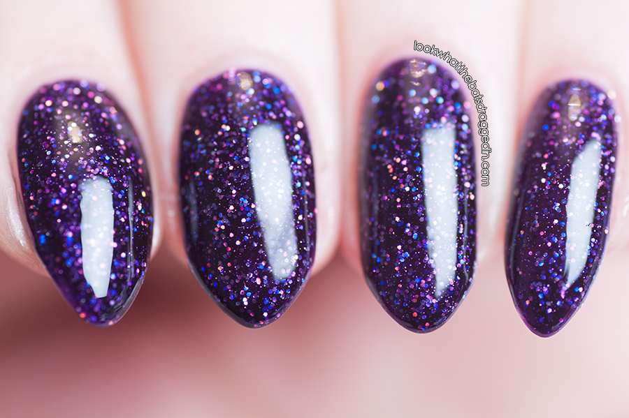 Emily de Molly Sabotage nail polish swatch