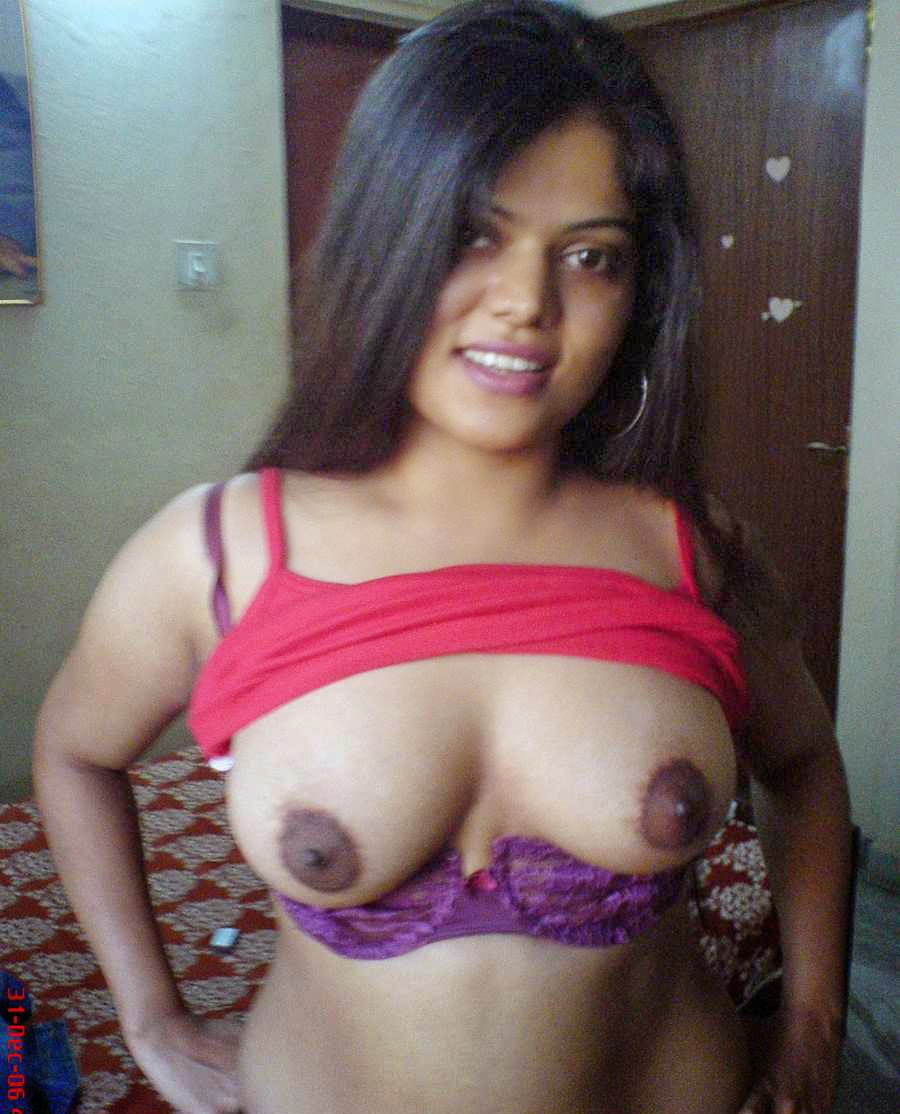 Haired pussy of bangladeshi girl sucking