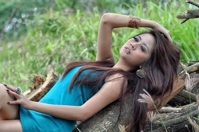 Foto Model Cantik 8