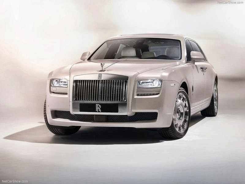 automobiles base rolls royce ghost vs phantom with specifications wallpapers and videos. Black Bedroom Furniture Sets. Home Design Ideas