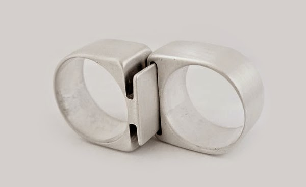 15 unique and cool wedding rings now thats nifty solutioingenieria Images