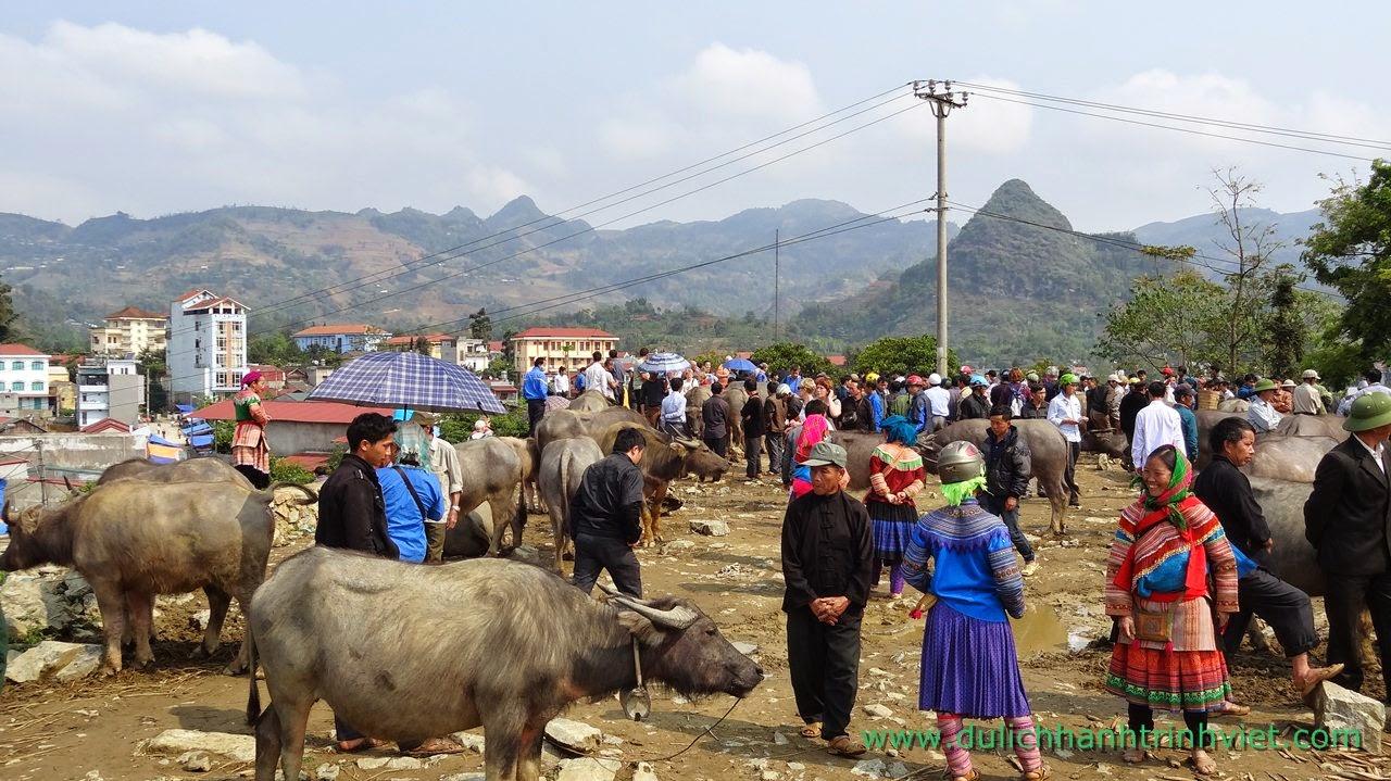 Du lịch đến với thị trấn sắc màu Bắc Hà, Lào Cai 2014