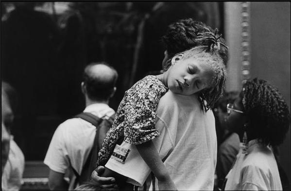Alécio de Andrade, At the Louvre, 1990.