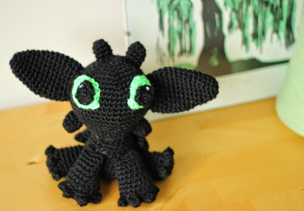 Floral And Feather Crochet Toothless From How To Train Your Dragon
