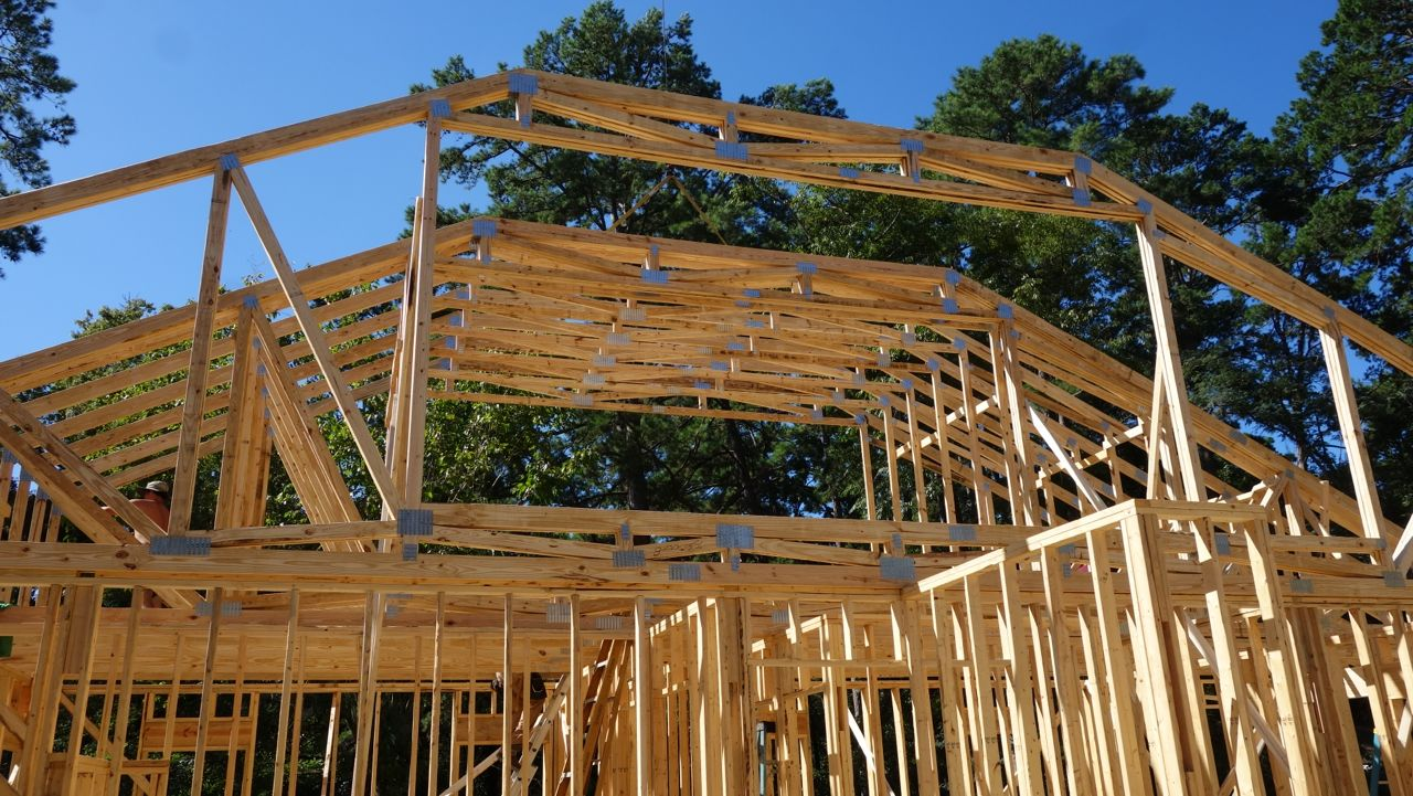 Florida coal cracker chronicles house day 22 wednesday for Bonus room truss design