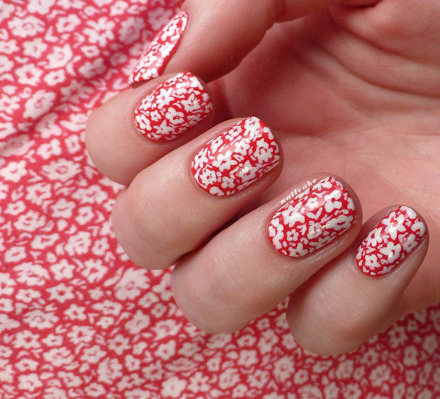 nail cake mini messy floral mani