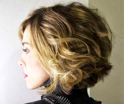 Short hair Style Guide and Photo: Brown Hair with blonde Highlights