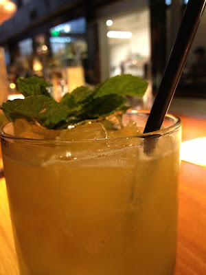 Blackbird – Great Drinks Meet Solid Eats