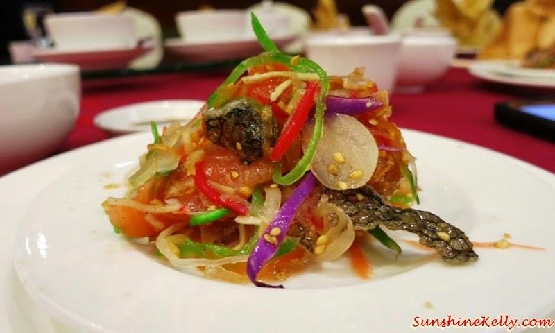 CNY 2015 Menu Review, Checkers Café, Dorsett Kuala Lumpur, Yee Sang, Salmon Pear Yee Sang