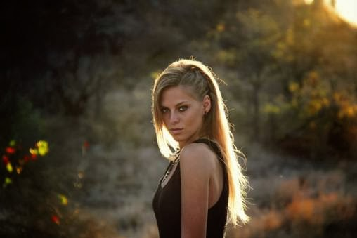 Nora En Pure lends a little Milk and Sugar to Canto De Pilon