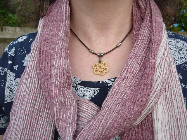 Striped Scarf, Wooden Necklace,Navy t-shirt | Petite Silver Vixen