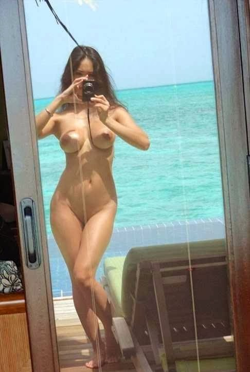 Hot french nude brunette selfie at ship
